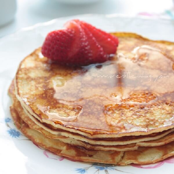 cream cheese pancakes low carb and gluten free ibih