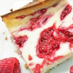 raspberry cheesecake bars low carb and gluten free