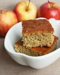Apple and Garbanzo Cake (Gluten Free)
