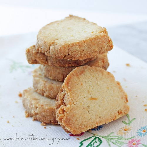 Lemon Almond Shortbread Cookies (LC & GF)