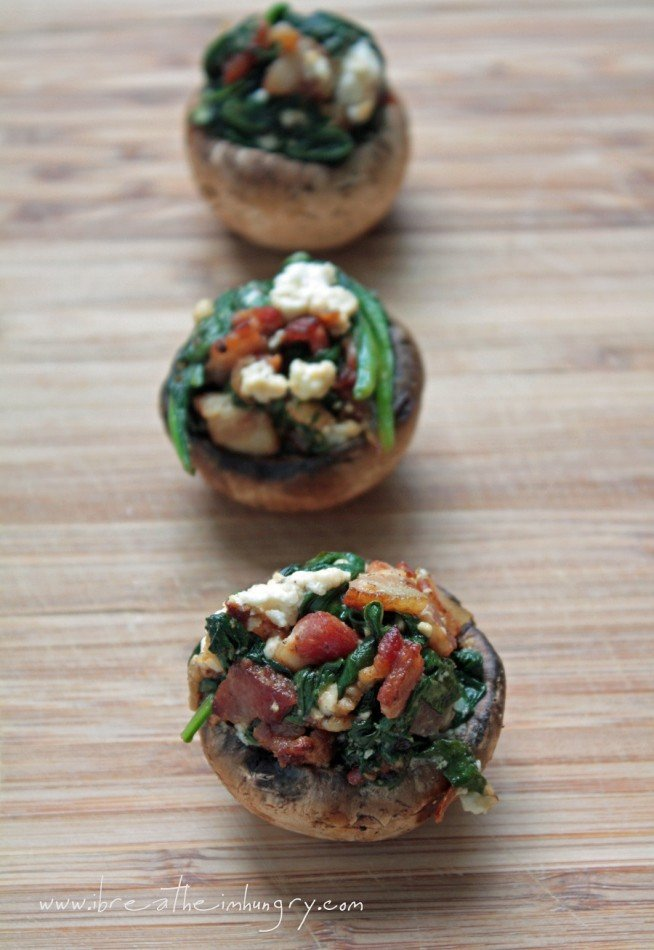 Delicious bacon spinach and feta low carb stuffed mushrooms recipe - the perfect low carb appetizer for your next party!