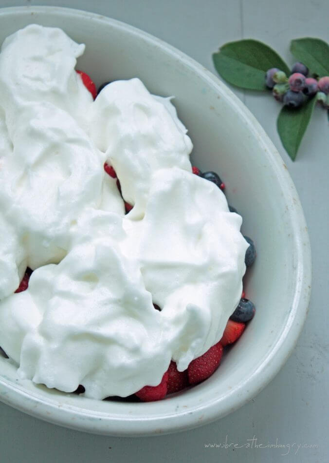 Summer berry meringues low carb and gluten free