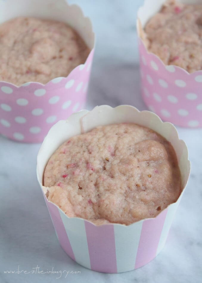 Strawberry Mug Cakes low carb and gluten free 2