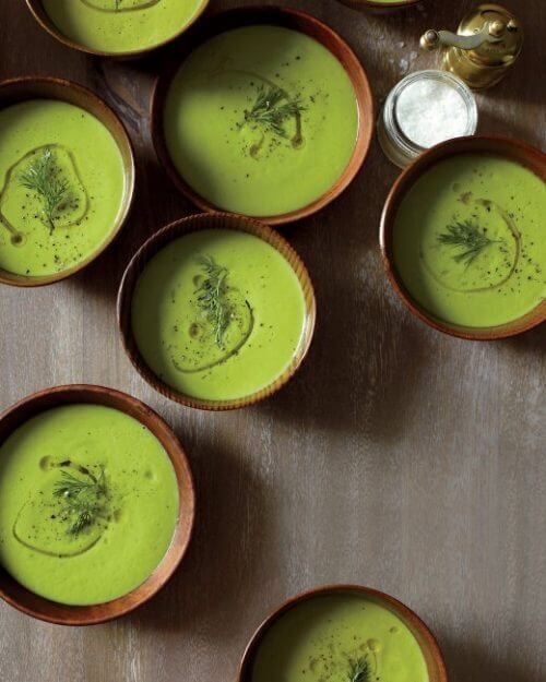 creamy-cauliflower-soup-mld108020_vert
