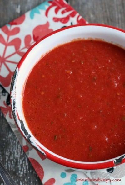 Low Carb Marinara Sauce Recipe from Mellissa Sevigny at I Breathe I'm Hungry