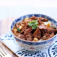 A low carb and gluten free slow cooker recipe from Mellissa Sevigny
