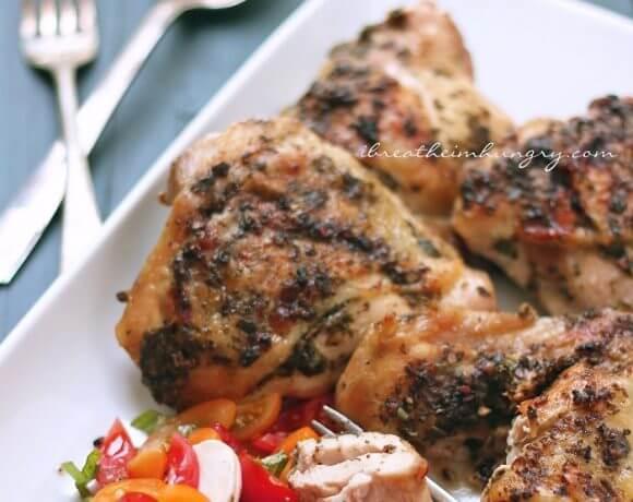 a keto friendly chicken recipe from Mellissa Sevigny of I Breathe Im Hungry