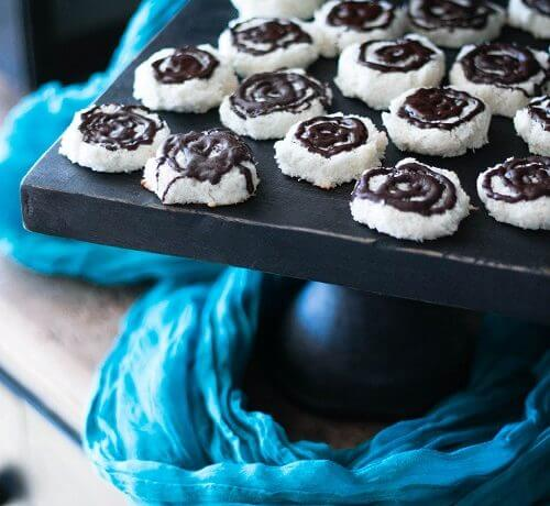 Low Carb Thin Mint Macaroon Cookies – Gluten Free
