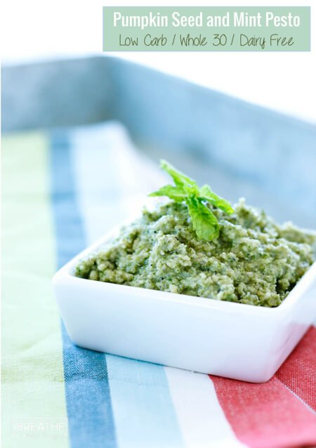 Forget the harsh pills, a few tablespoons of this Whole 30 pesto loaded with garlic, pumpkin seeds and papaya seeds will effectively eliminate intestinal parasites!