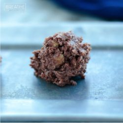 A low carb chocolate fat bomb recipe from Mellissa Sevigny of I Breathe Im Hungry