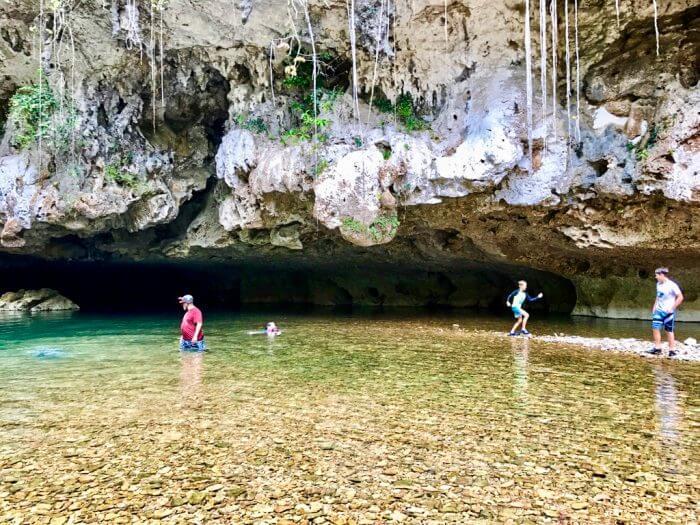 Cavetubing in Belize 17