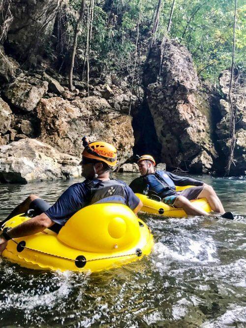 Cavetubing in Belize 15