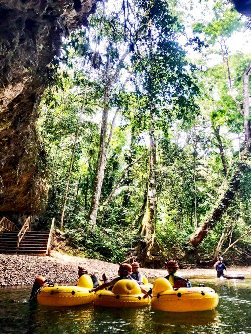Cavetubing in Belize 12