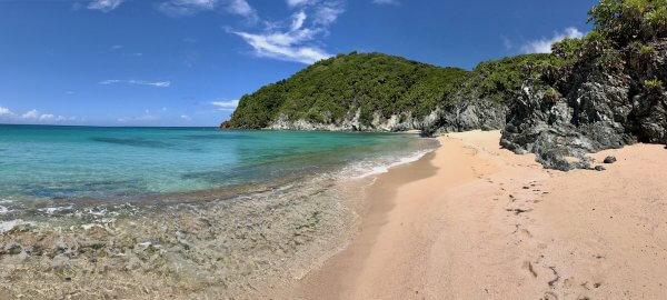 Jade Beach, Barbareta Island Honduras