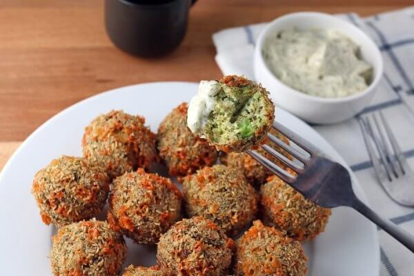Best Keto Vegetarian Recipes - Broccoli Cheese Fritters