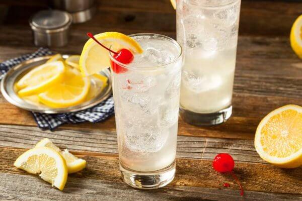 The Best Keto Cocktails - Vodka Tom Collins