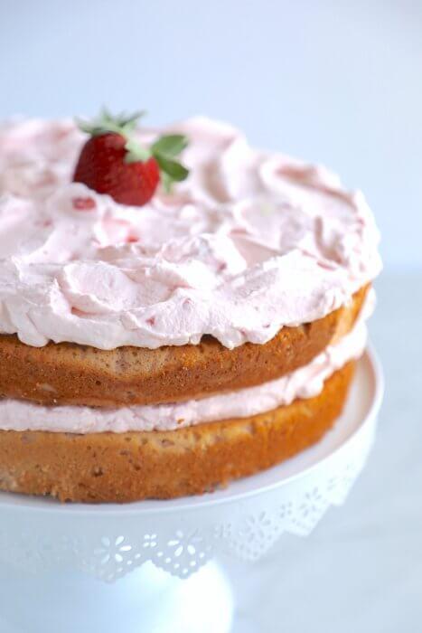 Keto Strawberry Mousse Cake - Low Carb | I Breathe I'm Hungry