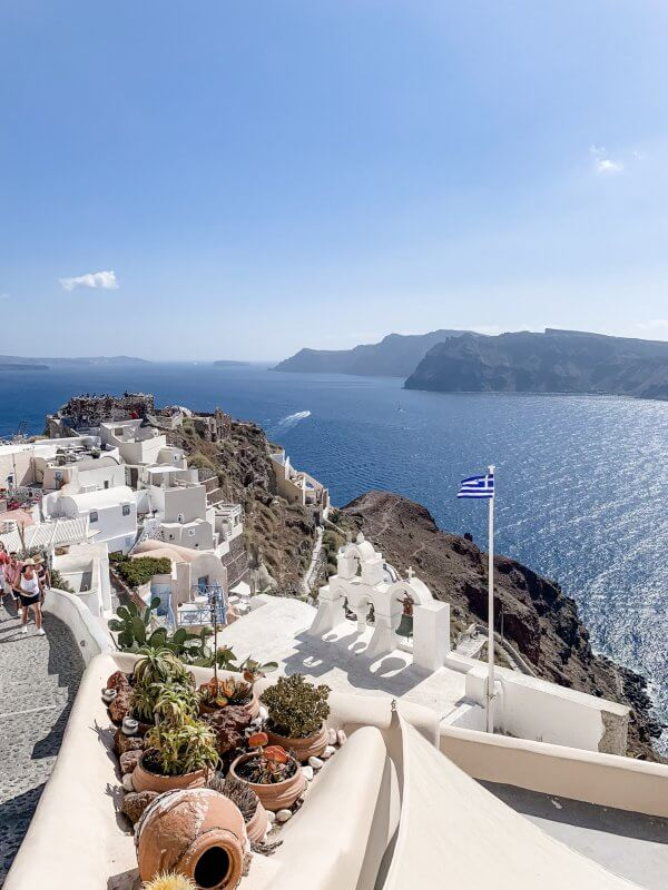 IBIH Vacation Travel Guide to Santorini - Oia