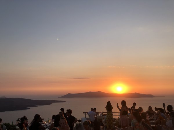 IBIH Santorini Vacation Travel Guide - Sunset over the Caldera