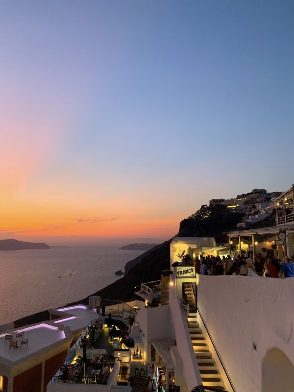IBIH Vacation Travel Guide to Santorini - Sunset in Fira