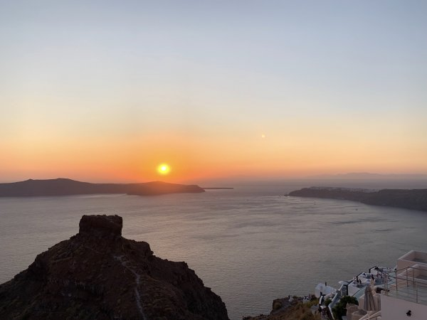 IBIH Vacation Travel Guide to Santorini - Sunset over Skaros Rock Imerovigli