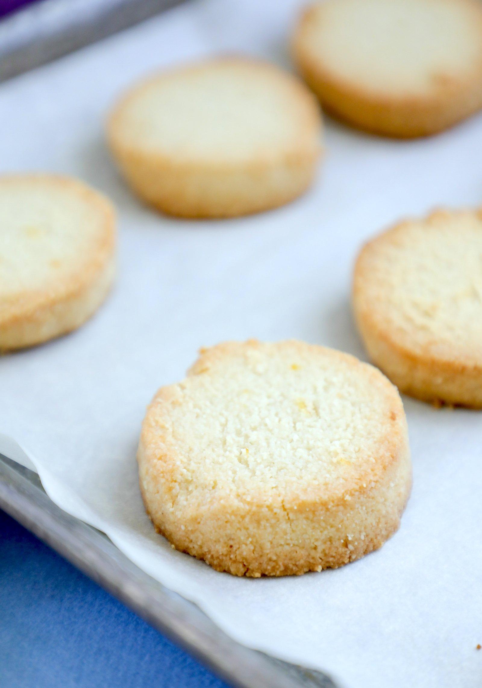 Keto Lemon Shortbread Cookies on parchment paper